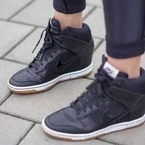 NIKE Dunk Ski Hi Essentials Black Wedge Sneaker 6